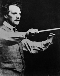 Photo Courtesy of Toronto Symphony Orchestra Archives