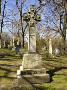 WL Mackenzie monument at Necropolis