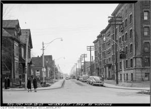 The Ernescliffe as seen in 1948 is on the right. Toronto Archives, Fonds 200, Series 372, Sub 58, Item 1767