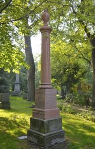 JR Robertson grave